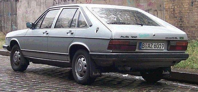 Audi 100 Avant 1976 Parece com o nosso Passat BR. - Carros Antigos