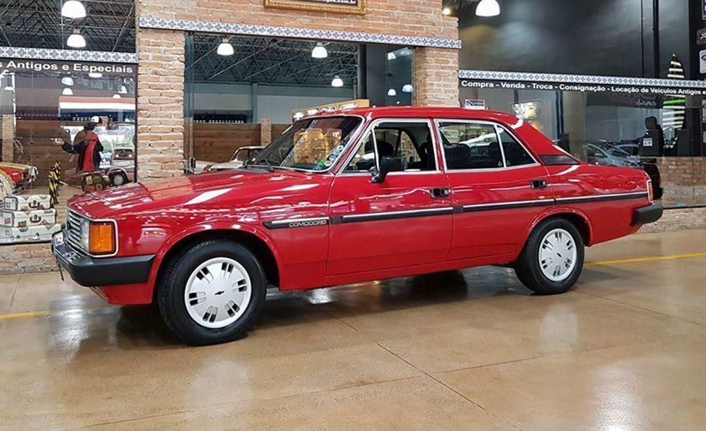 Chevrolet Opala Comodoro sedã 4 portas 1987 Motor Tudo (11)