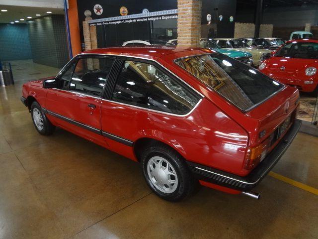 Monza Hatch SL/E 2.0 1986 Beleza e Luxo ao extremo