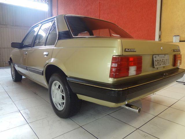 Monza sedã SL-E 1.6 4 portas 1984 Motor Tudo (15)