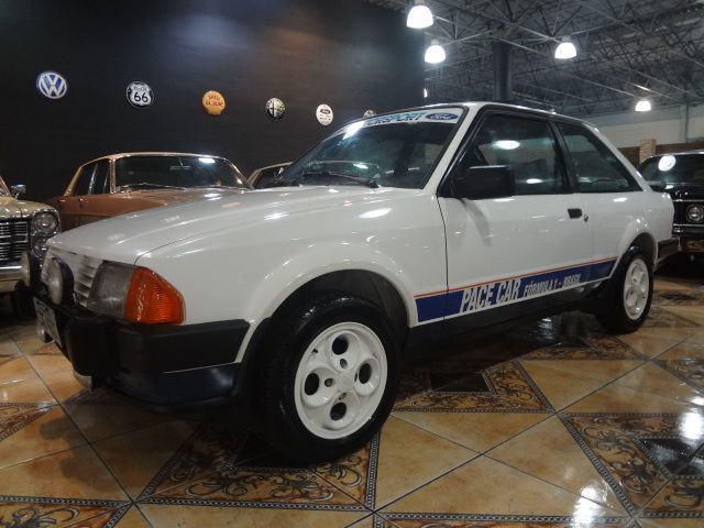Escort XR3 Pace Car Série especial o safety car do GP  Brasil 1984