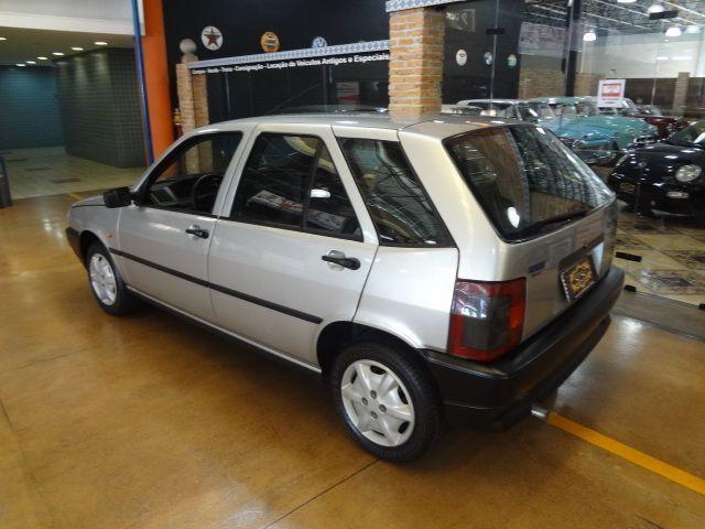 Fiat Tipo 1.6 1994 Chegou fazendo um grande sucesso mas os constantes incêndios transformaram o sonho em cinzas..