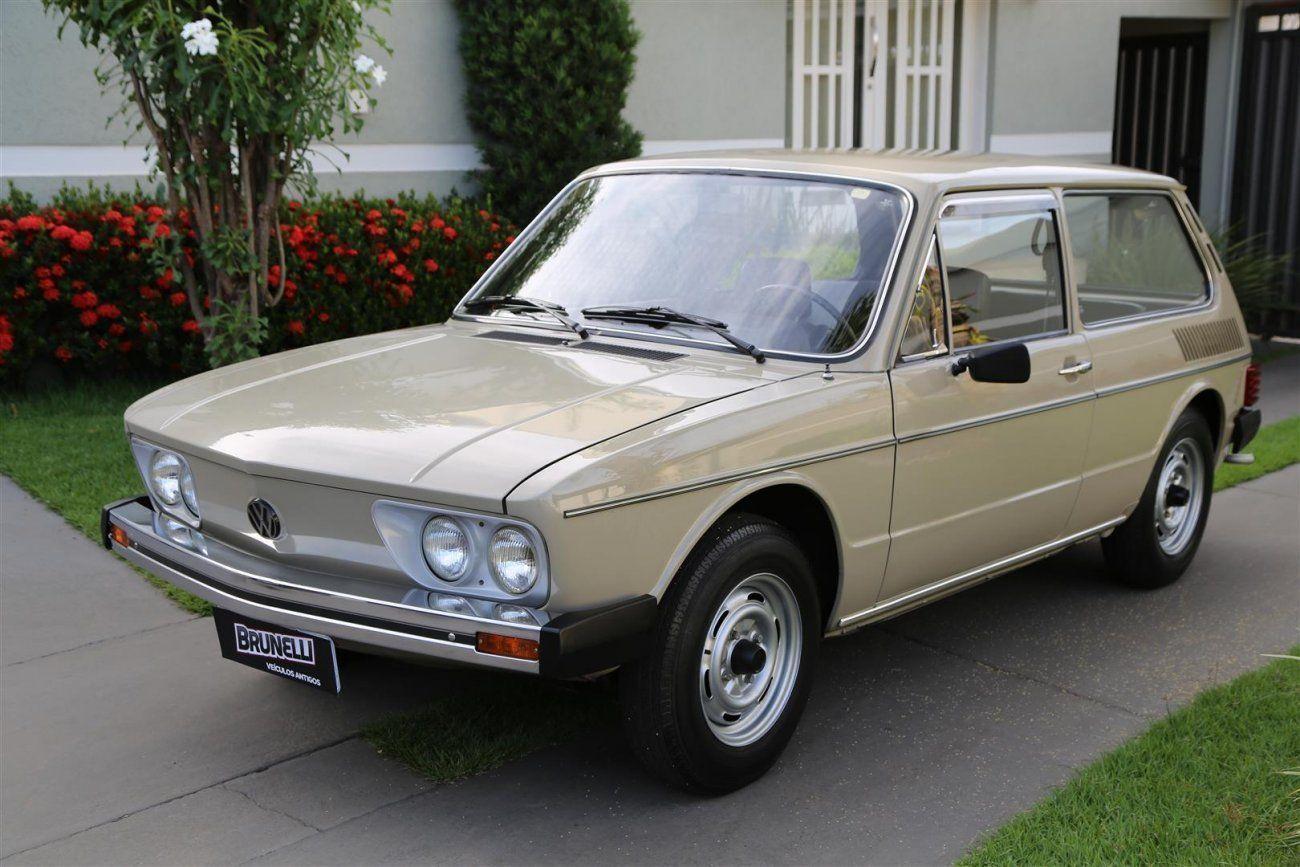 Volkswagen Brasília 1980 ganha novo painel e novos instrumentos