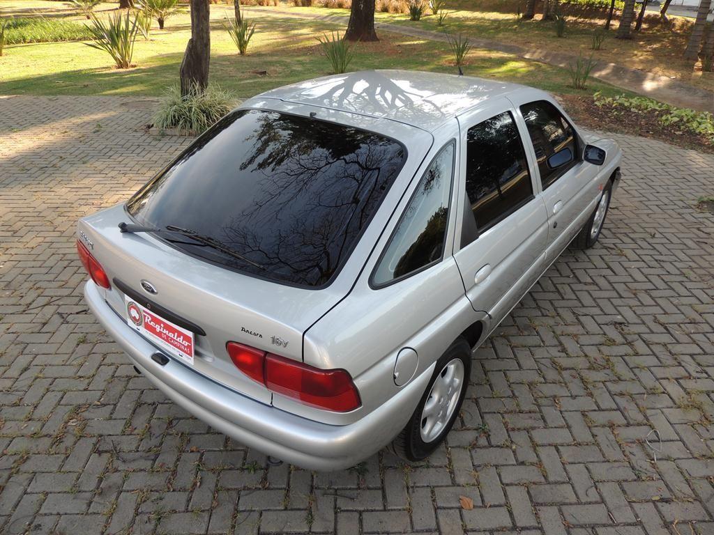 Ford Escort GLX 1.8 16V 1998 Motor Tudo (5)