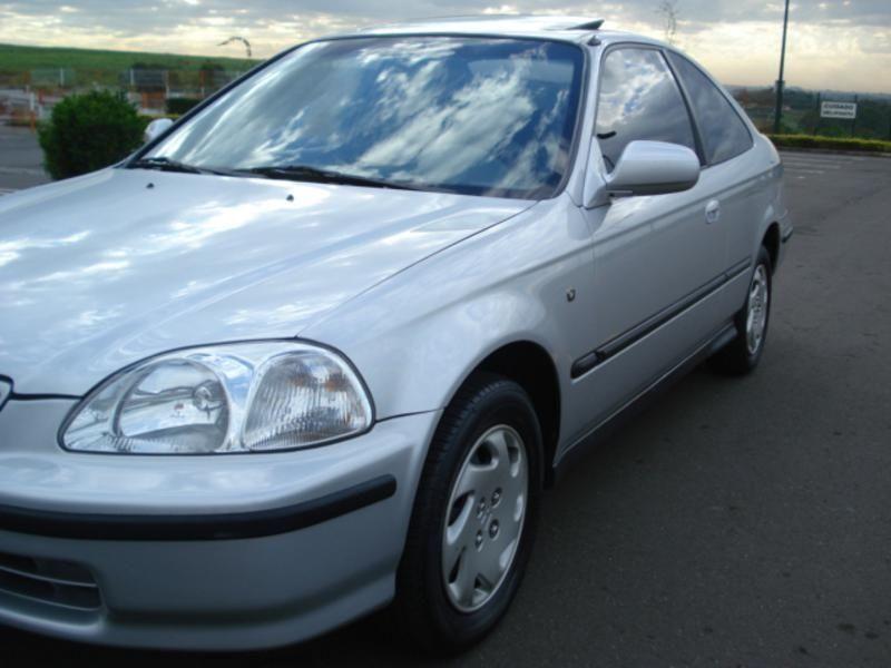 Honda Civic EX 1.6 AT 1997 Um nacional com cara de importado.