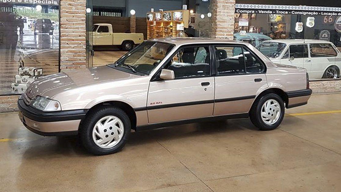 Chevrolet Monza GLS 1995 O Fim da Guerra dos Médios