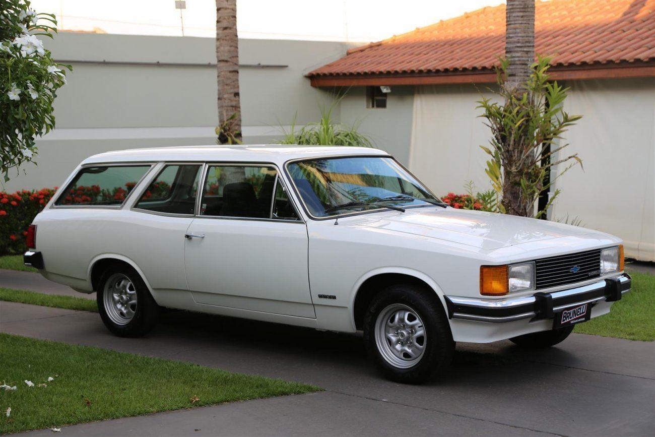 Caravan 81 Standard a versão de entrada da SW da Chevrolet