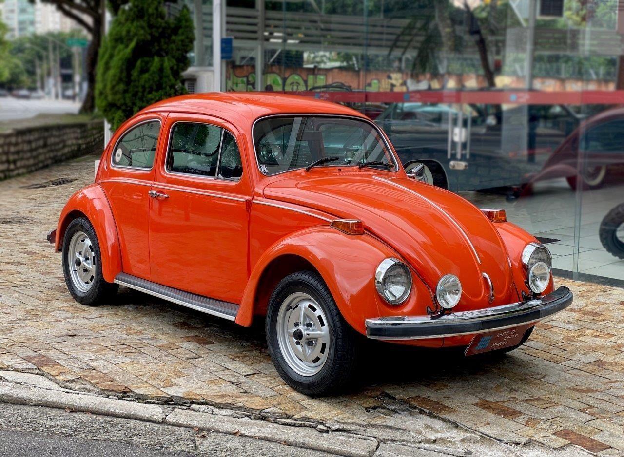 Fusca 1500 75 com acessórios do VW 1302 S alemão