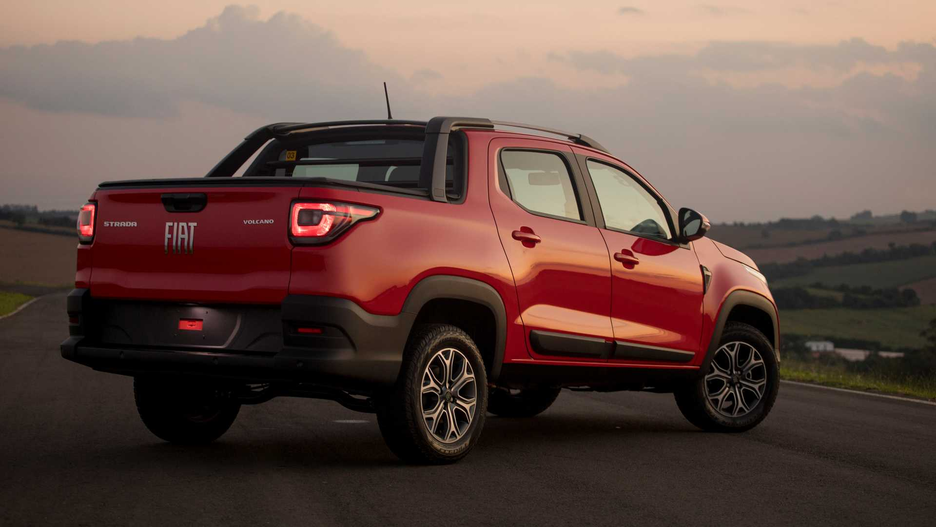 Fiat Strada Volcano 1.3 CD 2021 a picape compacta que custa mais de R$ 85.000,00
