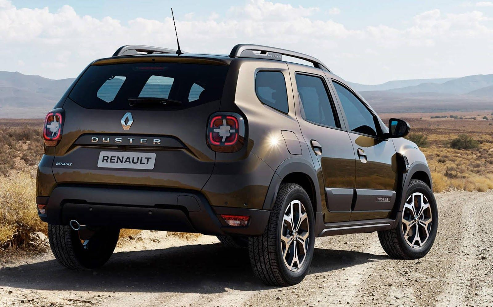 Renault Duster Iconic 1.6 AT 2021 fica maior e perde potência
